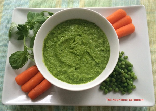 Sweet Pea and Spinach Dip with Basil