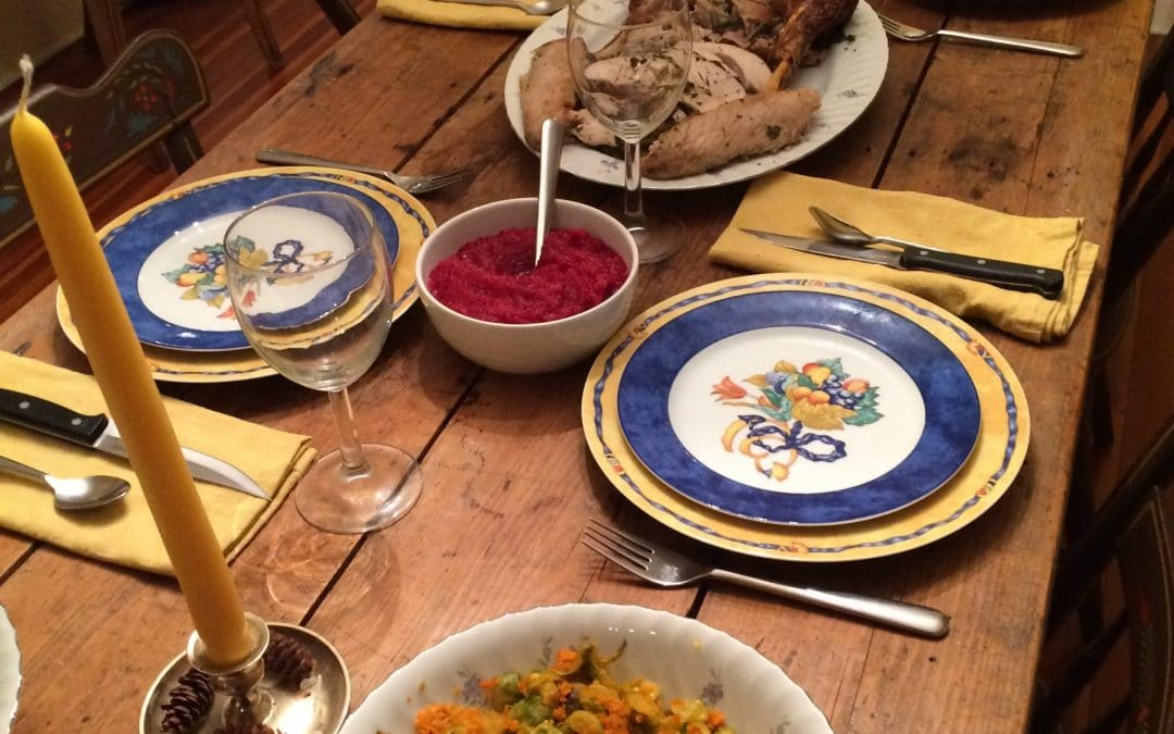 8 Ways to Have a Healthier, Stress-Less Thanksgiving (and Beyond)